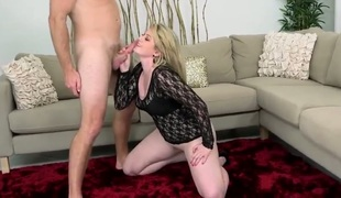 Blonde with succulent booty and trimmed vagina has oral experience of her lifetime with hot dude
