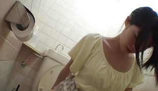 Oriental non-professional on toilet cam